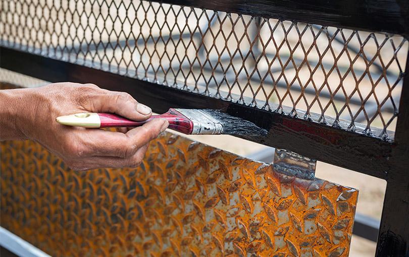 pintura em metal com a tinta dupla funcao maximetal